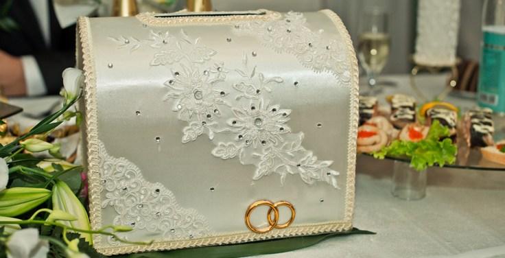 Как сделать свадебный сундучок для денег своими руками