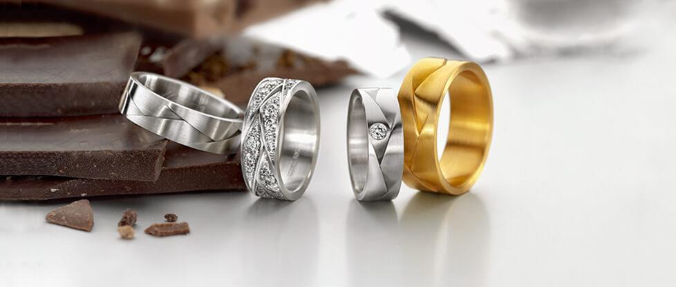 Какое выбрать золото для свадебных колец